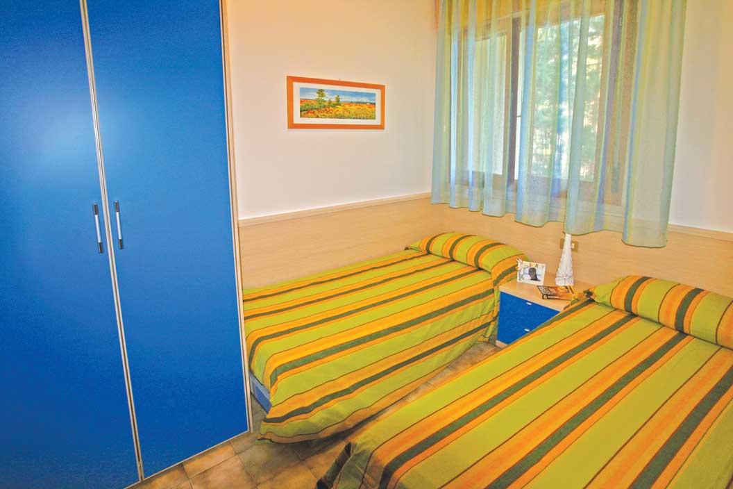 drei zimmer reihenhaus zum verkauf in bibione wohnhaus rialto. Black Bedroom Furniture Sets. Home Design Ideas